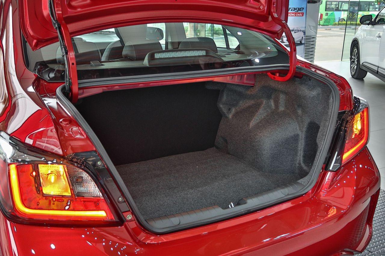 Mitsubishi Attrage CVT Premium 2021 giá 485 triệu đồng có gì?
