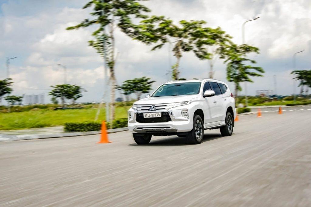 Topics tagged under mitsubishi-pajero on Diễn đàn rao vặt - Đăng tin rao vặt miễn phí hiệu quả Mitsubishi-pajero-sport-la-mau-xe-suv-cao-cap-yvgwb